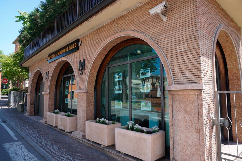 Foto-Esterno-Savoia-Immobiliare-Monticelli-Terme